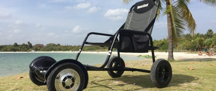 HoverSeat XL in black at the beach